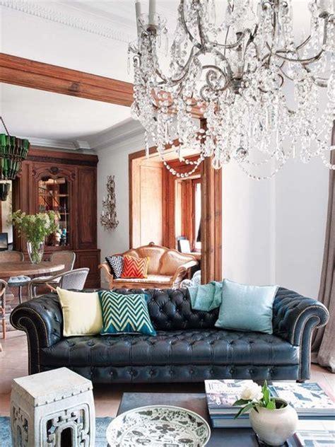 the living room chester un piso actual con piezas de ayer nuevo estilo