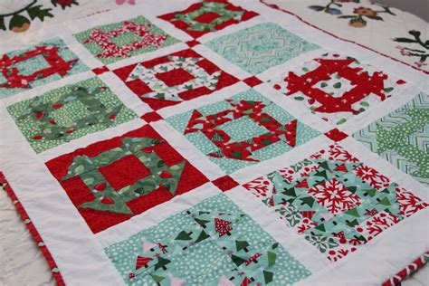 images of christmas quilts christmas quilts gwendiequilts