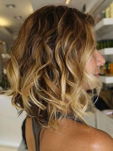 wavy aline haircut too cute hairstyles pinterest lob swavy aline bobs wobs lobs a line inverted