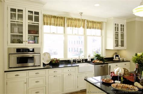 Cottage Style Kitchen Furniture Cottage Kitchens Cottages And Kitchen Designs On