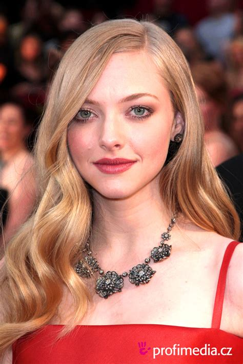 Amanda Seyfried Hairstyles by Amanda Seyfried Hairstyle Easyhairstyler