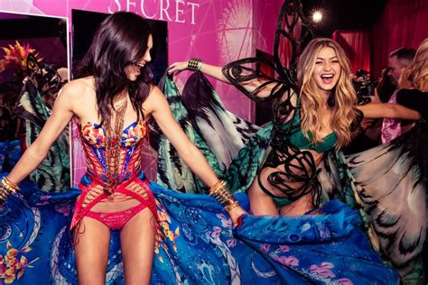 photos gigi hadid victorias secret pink kendall jenner kendall jenner and gigi hadid how the new class ruled