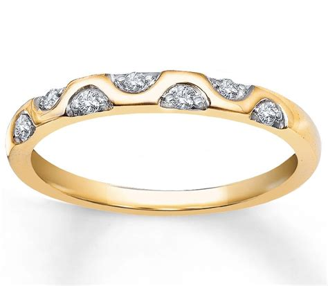 unique wedding ring band in yellow gold