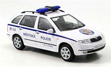 Auto Kaufen Tschechien by Skoda Fabia Combi Police Prag Tschechien Abrex Modellauto