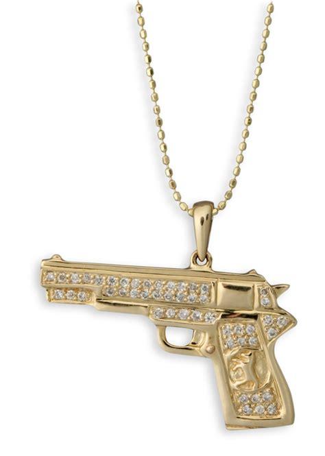 katherine heigl in sydney evan pistol necklace snob