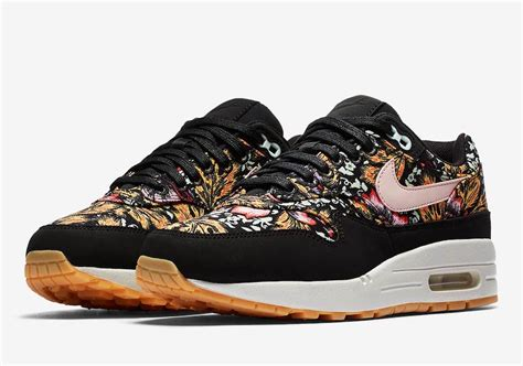Nike Airmax One 003 nike air max 1 floral 633737 003 release date sneakerfiles