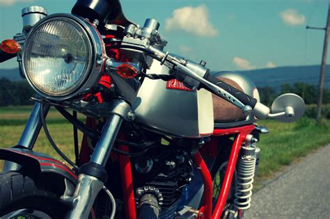 Motorrad Kawasaki Moto Point by Kawasaki Caf 233 Racer By Seth Hensler Silodrome