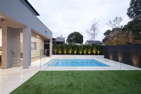 Creating Privacy In Backyard Glass Pool Fencing In Melbourne Frameless Impressions