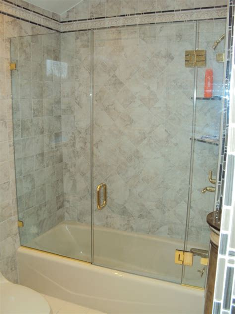 Gold Shower Doors Gold Shower Door Lt Gold Gold Shower Enclosures Models Pivot Door Cthru Featuring The Bondkap