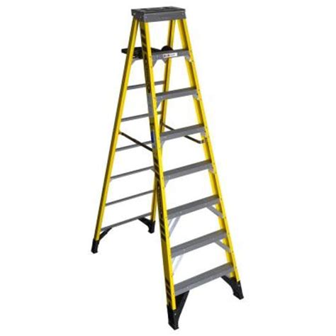 werner 12 ft fiberglass step ladder with 375 lb load