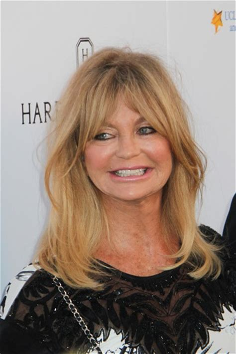 Goldie Hawn Hairstyles by Goldie Hawn Hairstyles Goldie Hawn Medium Curls With