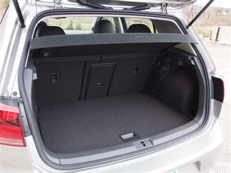 volkswagen golf trunk volkswagen golf trunk space images