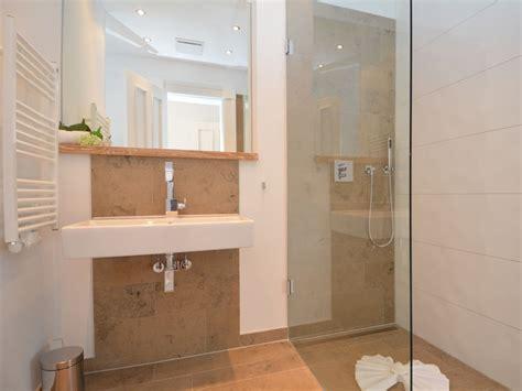 ebenerdige dusche bauen dusche bauen mit glasziegel raum und m 246 beldesign