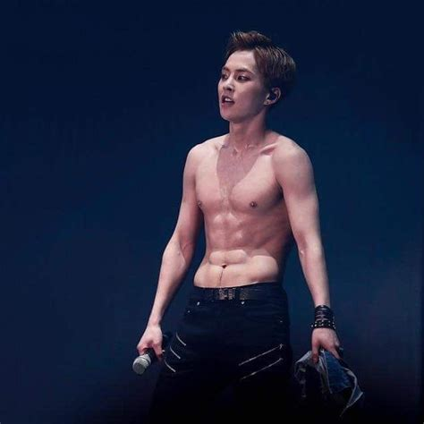 exo abs exo abs which exo members have the best abs channel k