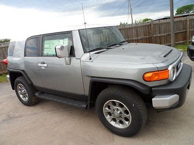 fj cruiser msrp find 2012 toyota fj cruiser 4x4 3000 msrp in