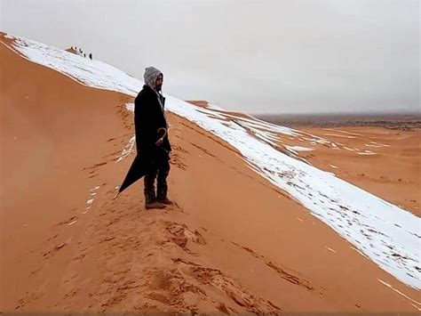 sahara desert snow for the second time in over 30 years snow fell in the