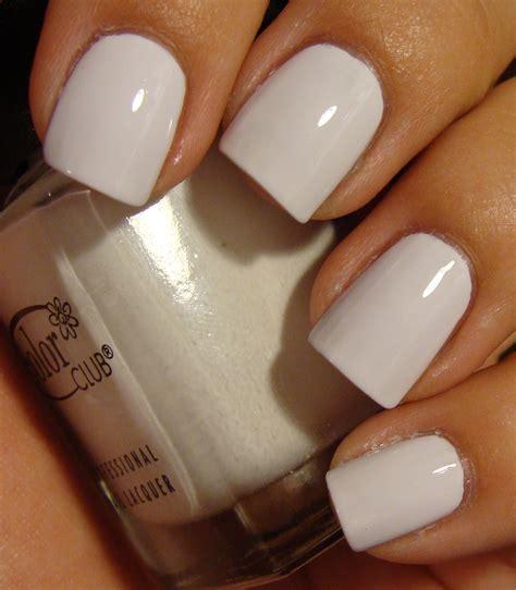 White Color Nail
