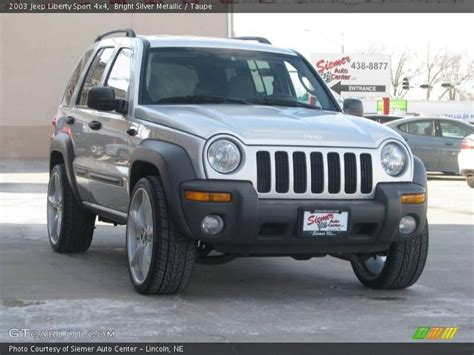 jeep liberty silver 2003 jeep liberty silver 200 interior and exterior images