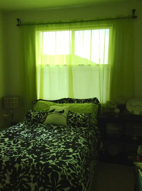 green and black bedroom green black and white bedroom bedroom pinterest
