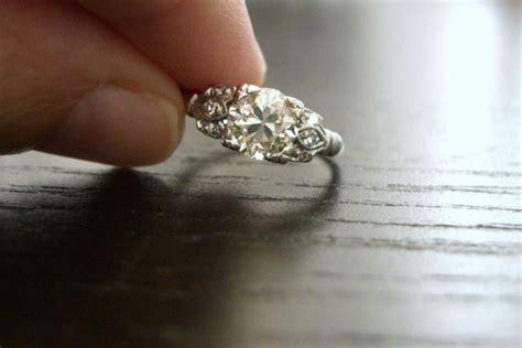 Vintage Verlobungsring by Vintage Edwardian Platinum Engagement Ring