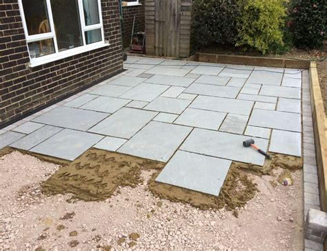 Patio Rocks Lawns And Landscaping Project Grey Indian