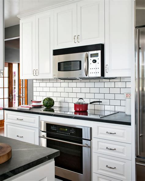 backsplash for white kitchen cabinets white kitchen cabinets and backsplash hgtv
