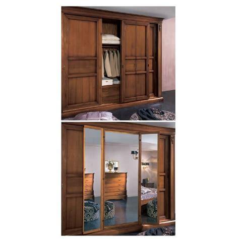 armadi per camere da letto classici armadio scorrevole classico per da letto
