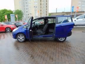 Ford B Max Ford B Max Zetec Hatchback Buyacar