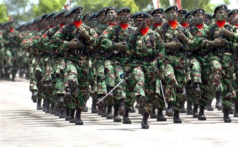 contoh ancaman militer foto foto prajurit indonesia garu dapa casilas
