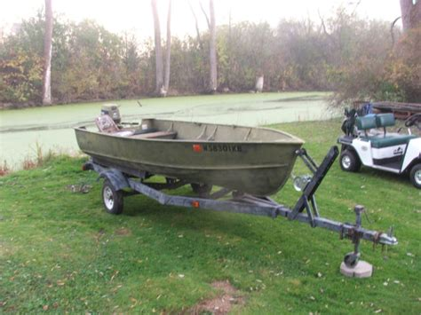 lund hunting boats for sale 14 ft lund boat and trailer 30 hp evinrude tiller outboard