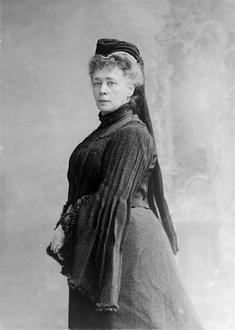 Estórias da História: Mulheres na História ( XCIV )Bertha