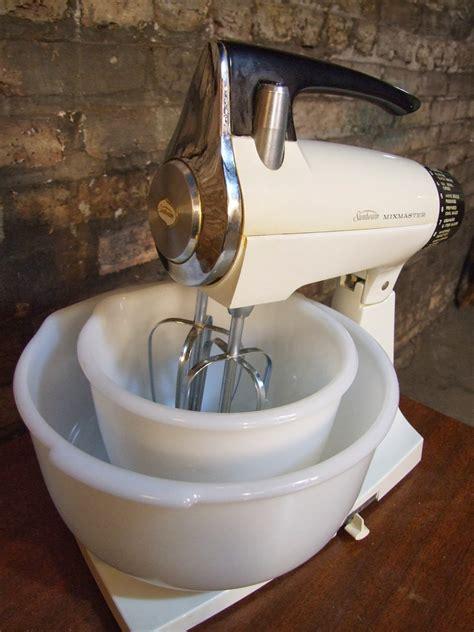 mid century chicago sunbeam mixmaster mixer