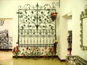 Wrought iron wall decor a fashionable home accessory