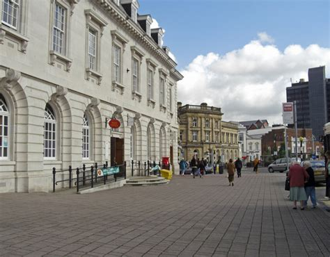 rochdale post office 169 michael ely cc by sa 2 0