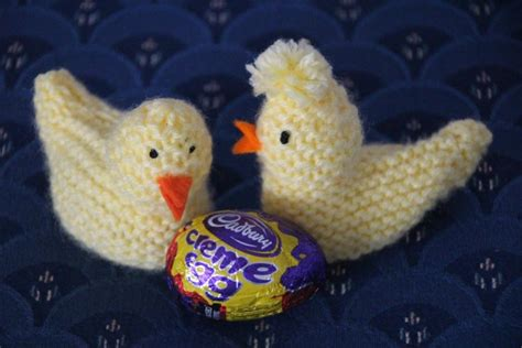 knitting pattern easter chick creme egg knitted easter chick for cream eggs felt