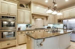 pictures of painted kitchen cabinets chelsea gray kelly bernier designs