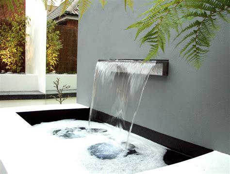 modern water feature garden design