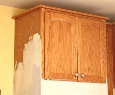 painted kitchen cabinets with chalk paint by annie sloan