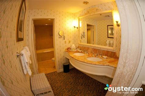 master bathroom at the one bedroom suite at the disney s