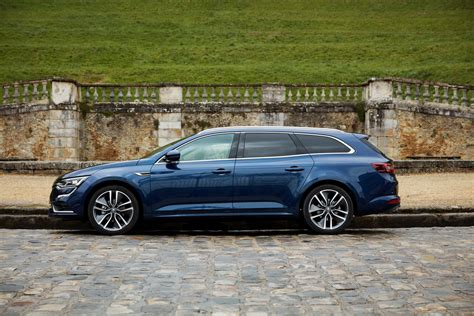 renault talisman estate renault talisman estate detailed in 98 images carscoops