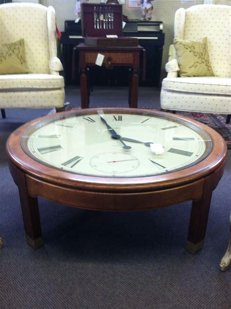 howard miller clock coffee table   solid oak base