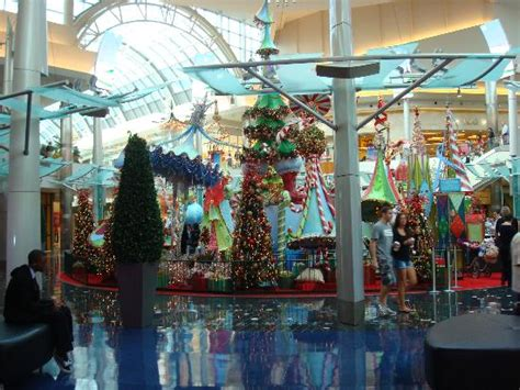 malls decorated in christmas decoration located in the center picture of the mall at millenia orlando tripadvisor