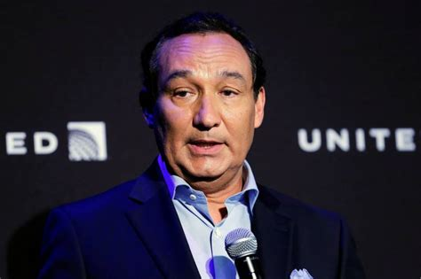oscar munoz united ceo american airlines president moves to united continental wsj
