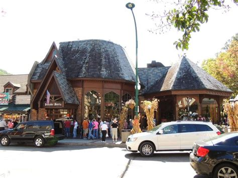 Pancake Pantry Gatlinburg by Outside Picture Of Pancake Pantry Gatlinburg Tripadvisor