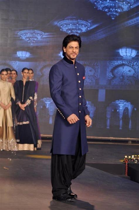 Shahrukh Khan Sherwani For Happy New Year