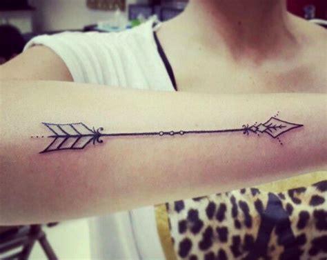 tatuagem de flecha tem significado poderoso que voc 234