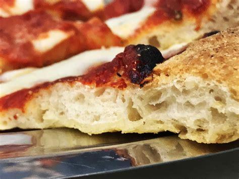 ricetta della pizza fatta in casa pizza romana piccante fatta in casa mondo