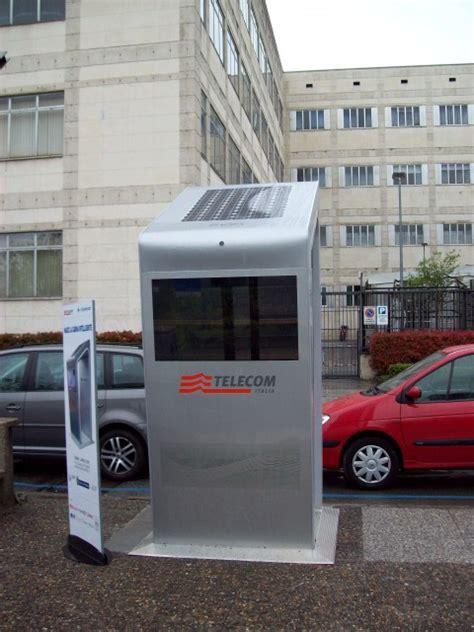 cabine telefoniche torino civico20 news a torino le nuove cabine telefoniche