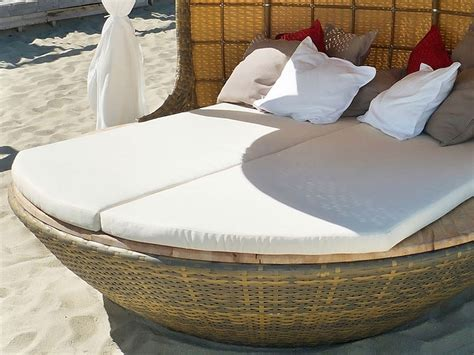 create   exclusive cabana   comfy cocoon