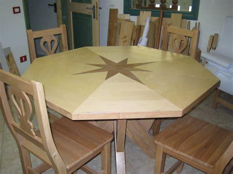 melo tavolo pret giuliano legno trentino